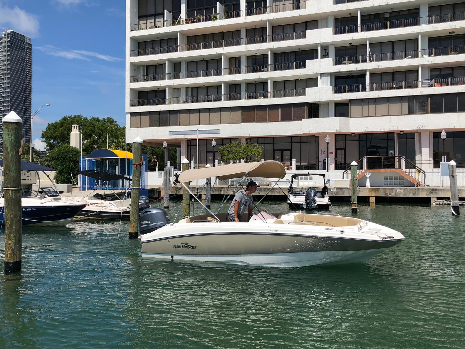 Contact Miami Boat Rentals Online