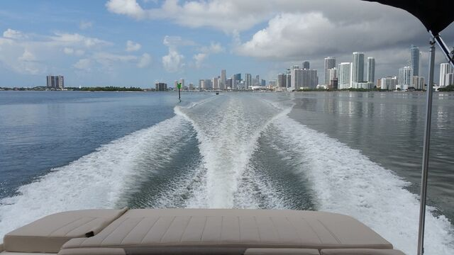 Miami Rent Boat | Boating Miami - Biscayne Bay